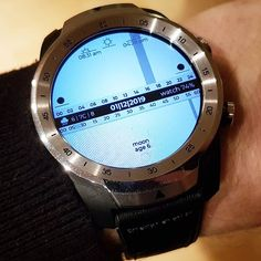 Digital Watch Face, White Watches For Men, Hub Usb, Usb Gadgets, Architecture Tattoo, Cool Tech, Wedding Quotes, Watch Faces, Sport Watches