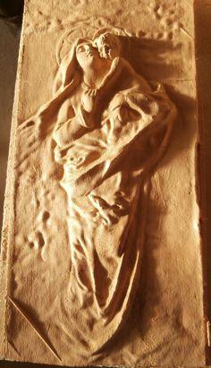 Madonna con bambino, scultura in legno grezzo