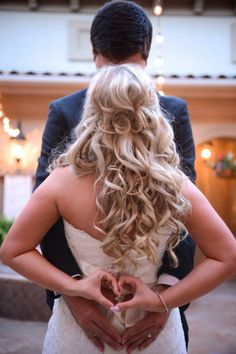 Gorgeous wedding hair! Great wedding pose right before the reception.