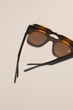 170606VOO_sunglasses_editorial_4_2800_4207.jpg (2800×4207)