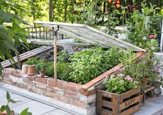 Garden planters garden planters diy garden planters pots garden planters raised garden planters vegetable how we grew hundreds of pounds of food without weeding or watering a single time! Diy Planters, Garden Planters, Herb Garden, Garden Beds, Potager Garden, Garden Sofa, Container Garden, Design Jardin, Garden Design