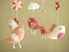 Baby+crib+mobile+Bird+mobile+felt+mobile+nursery+por+Feltnjoy,+$78.00