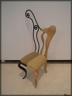 Silla de hierro forjado y arce tallado. Siguenos en facebook https://www.facebook.com/tamal.muebles