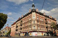 #Gliwice - Art Nouveau (secesja) #kamienice #silesia #śląsk Poland Travel, Art Nouveau Architecture, Central Europe, Krakow, Warsaw, Stained Glass Windows, Travel Guides, Travel Destinations, Buildings