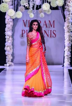 pink and orange sari with red embellished blouse Indian Bridal Fashion, Indian Bridal Wear, Asian Fashion, Indian Attire, Indian Ethnic Wear, Traditional Fashion, Traditional Dresses, Pakistani Outfits, Indian Outfits