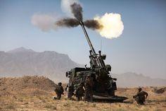 CAESAR  en Afghanistan - Camion équipé d'un système d'artillerie —