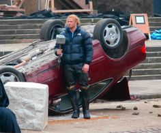 Thor and Malekith Fight on the Thor: The Dark World Set Videos and Photos