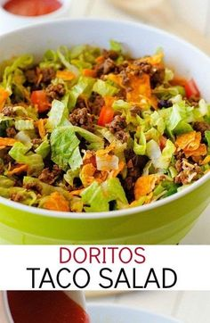 Doritos Taco Salad Recipe This Doritos Taco Salad is loaded with seasoned ground beef, black beans and more. What makes this salad so delicious is the nacho cheese Doritos! Dorito Taco Salad Recipe, Taco Salad Doritos, Taco Salad Recipes, Taco Salads, Beef Recipes, Cooking Recipes, Taco Dip, Summer Salads, Recipes