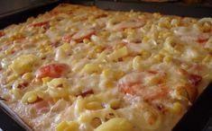 Oblíbené italské jídlo, které zasytí. Špaldová pizza se smetanovým základem. Ostatní suroviny přidáváte podle vlastní chuti. Stromboli, Calzone, Pizza Recipes, Cooking Recipes, Taco Pizza, Hawaiian Pizza, Bon Appetit, Mozzarella, Quiche