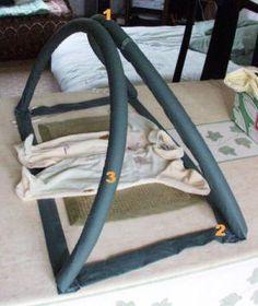 L'arche d'éveil Voici une idée pour bricoler une petite arche d'éveil pour un bébé, il vous faut : - Deux ou trois tubes isolants pour tuyauterie (
