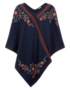 hem, and looks best worn with a pair of jeans. Model wears UK S/EU Model height is 175 Kids Outfits, Cool Outfits, Casual Outfits, Costura Fashion, Poncho Outfit, Elle Fashion, Embroidery Fashion, Free Clothes, Dress Sewing Patterns
