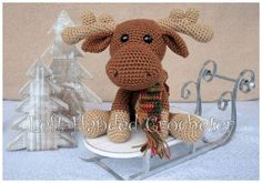 FREE CROCHET PATTERN - Marty the Moose - https://lefthandedcrocheter.com/2017/11/22/marty-the-moose/