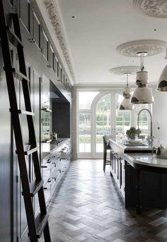 """<p class=""""p1"""">Английские дома славятся своей роскошью и стилем. Эта лондонская <a href=""""//www.hou ..."""