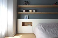 of a contemporary apartment in Lyon with a central piece of furniture on my . - -Renovation of a contemporary apartment in Lyon with a central piece of furniture on my . - - master bedroom ideas for your personal styles 28 Contemporary Apartment, Contemporary Decor, Bedroom Bed, Bedroom Decor, Bedroom Ideas, Master Bedroom, Zeitgenössisches Apartment, Apartment Furniture, Interior Architecture