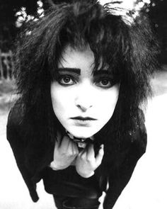happy birthday to siouxsie sioux