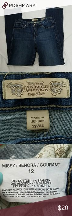 Vintage America size 12 vintage boho jeans Good used condition Nine West vintage America collection vintage straight size 12 jeans medium blue, 31 in inseam, 10 inch rise Nine West Jeans Straight Leg