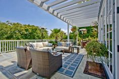 Inviting Outdoor Living Spaces: 5 Looks for Less