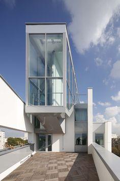 65 habitaciones de alojamiento para estudiantes / Jacques Ripault Architecture