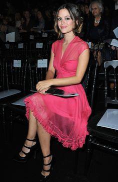 Cute pink dress!!