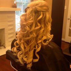 Prom hair prom hair prom hair by Dance Hairstyles, Homecoming Hairstyles, Formal Hairstyles, Pretty Hairstyles, Wedding Hairstyles, Queen, Hair Day, Gorgeous Hair, Hair Hacks