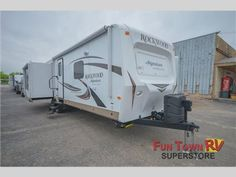 New 2016 Forest River RV Rockwood Signature Ultra Lite 8329SS Travel Trailer at Fun Town RV | San Angelo, TX | #A21908