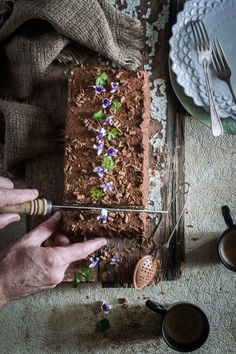 Layers of biscuits soaked in espresso with rich chocolate cream. This is my Mum's biscuit cake. Chocolate Espresso, Chocolate Filling, Chocolate Cream, No Bake Biscuit Cake, Decorated Brownies, Croation Recipes, Cake Recipes, Dessert Recipes, Pasta Recipes
