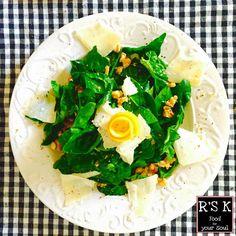 L'insalata di spinaci è pronta!