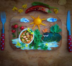 White beans and veggies for picky and fussy eaters. Vegetables from my organic garden. www.lillalexander.com #foodart #bento #pickyeaters #funfood #childrenfood #veggies