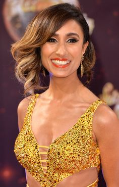 Are you watching @itsanitarani on #Strictly? Check out her behind the scenes photo diary... http://po.st/76s9Rp