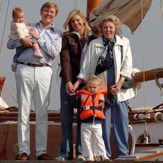 Princess Alexia, Prince Willem-Alexander, Princess Máxima, Princess Catharina-Amalia, and Queen Beatrix, 2006