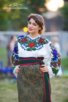 Костюми Північної Буковини кінця ХІХ-ХХ ст. Ukrainian Women in Business NFP  Chicago, Ukrainian Days Festival 2013, from Iryna