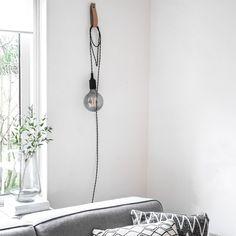 New Bedroom Inspiratie Lamp Ideas Bedroom Loft, Home Bedroom, Bedroom Furniture Placement, Rustic Bedding, Bedroom Paint Colors, Blue Bedding, Trendy Bedroom, Home Appliances, Ceiling Lights
