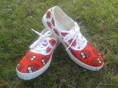 Resultado de imagen de zapatillas pintadas a mano diseños