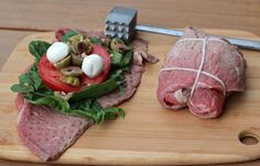 (this one has spinach tomato green olives garlic olive oil and fresh mozzarella {opt - not paleo} wrapped in skirt steak) Meat Recipes, Cooking Recipes, Healthy Recipes, Paleo Life, Paleo Dinner, How To Eat Paleo, Food Dishes, Skirt Steak, Fresh Mozzarella