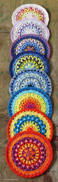 Agni-Mandala in vielen Farkonbinationen