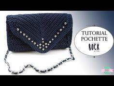 How To Crochet A Shell Stitch Purse Bag - Crochet Ideas Free Crochet Bag, Crochet Shell Stitch, Crochet Clutch, Crochet Handbags, Crochet Purses, Crochet Gifts, Crochet Diy, Crochet Bag Tutorials, Crochet Videos