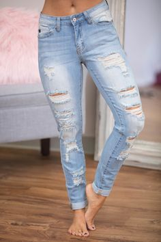 The Billie Light Wash Distressed Jeans - The Pink Lily