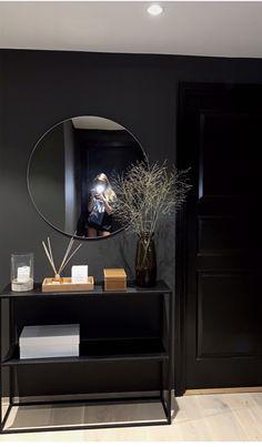homedecor regibastet Ideas for your Ideas for your home 779474647990071901 in 2020 Living Room Interior, Home Decor Bedroom, Home Interior Design, Living Room Decor, Hygee Home, Flur Design, Design Design, My New Room, Apartment Living
