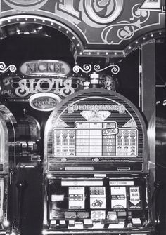 Vintage Slot Machines are really  fun to play with and collect them too!