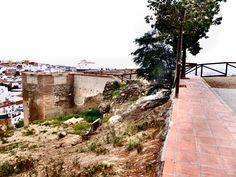 Vélez-Málaga. Cerro de la Fortaleza y al fondo el de San Cristobal