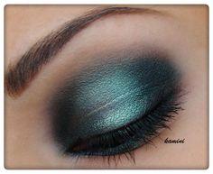 Metallic makeup https://www.makeupbee.com/look.php?look_id=92682