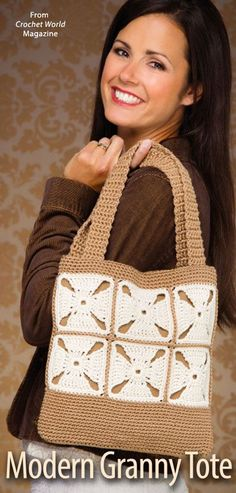 Modern Granny Tote ~ Crochet World Oct 2014 Crochet Purse Patterns, Crochet Tote, Tote Pattern, Crochet Handbags, Crochet Purses, Crocheting Patterns, My Bags, Purses And Bags, Cotton Polyester Fabric