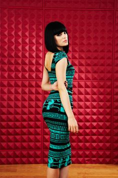 Jessie J - we like this look too...