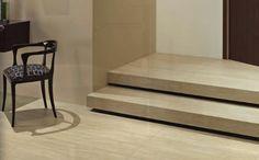 Ob als Treppe im Außenbereich oder für Treppen im Innenbereich. Treppenfliesen sorgen dafür, dass der optische Gesamteindruck einer Treppe erheblich verbessert wird und verleihen Ihrem Zuhause mehr Glanz als eine herkömmliche Holztreppe. Denn Fliesen gibt es in vielen verschiedenen Farben, Materialien und Formen. Ein weiterer entscheidender Vorteil bei Fliesen ist das gute Preis-Leistungs-Verhältnis.