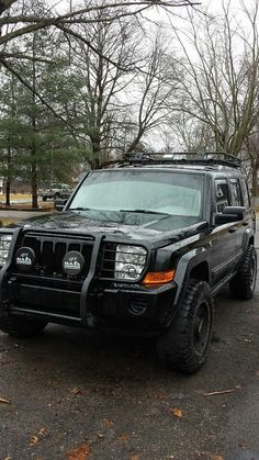 Smittybilt Defender roof rack / cargo basket on the Jeep Today! SDV Smittybilt Defender roof rack / cargo basket on the Jeep Today! Jeep 4x4, Jeep Truck, Jeep Rubicon, Jeep Wrangler, Jeep Liberty Lifted, Jeep Liberty Sport, Jeep Patriot, Audi, Bmw