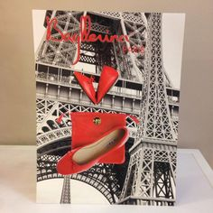 Walking in Paris with attractive Red Bagllerina! Be a fashionable Parisienne ^.~ #Bagllerina #Paris #PremiereClasseCambon #Sunnyday #ParisFashionWeek #BoothD09
