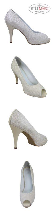 Pantofi decupati la varf, cu panza dantelata crem si platforma, cu toc de 9 cm Kitten Heels, Shoes, Fashion, Moda, Zapatos, Shoes Outlet, Fashion Styles, Shoe, Footwear