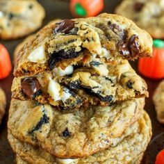 pumpkin-pie-oreo-chocolate-chip-cookies-the-perfect-fall-cookie-fg