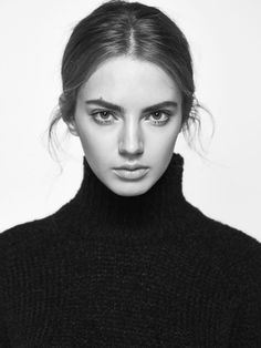 Knit sweater made from a delicate blend of fabrics. Straight cut, semi-turtleneck, long sleeves and ribbed trim. Portrait Poses, Portrait Photography, Face Drawing Reference, Black And White Face, Photographs Of People, Model Face, Black And White Portraits, Interesting Faces, Fashion Essentials
