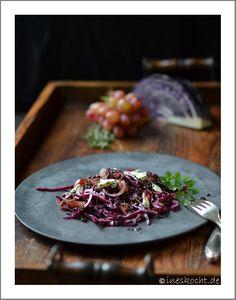 Linsensalat mit Rotkohl, Trauben und Roquefort - Ines kocht, vegetarisch, Vorspeise, Herbst, Winter, Salat, www.ineskocht.de